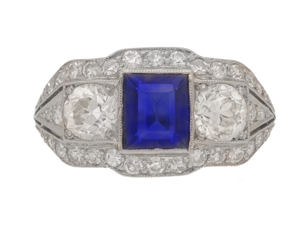 front view Art Deco sapphire and diamond ring, circa 1925.
