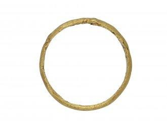 Enamelled posy ring 'Honored for thy Vertu berganza hatton garden