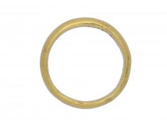 Enamelled posy ring berganza hatton garden