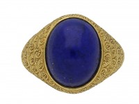 Cabochon lapis lazuli and gold ring berganza hatton garden