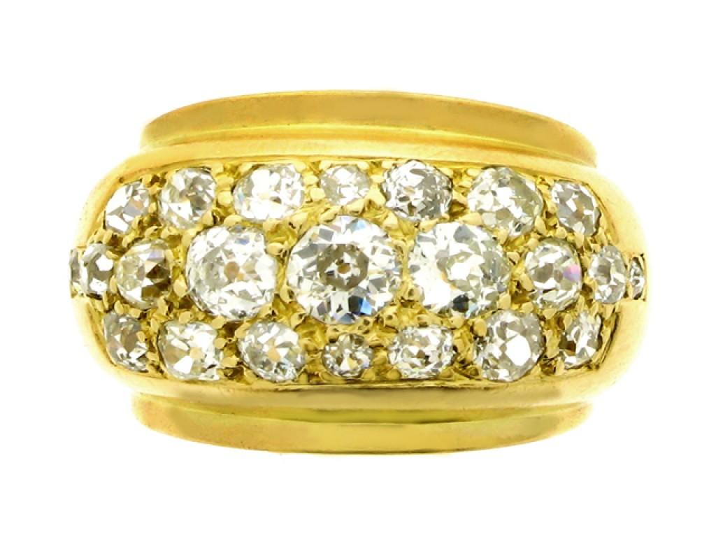 front view Old cut diamond ring, French, circa 1945.