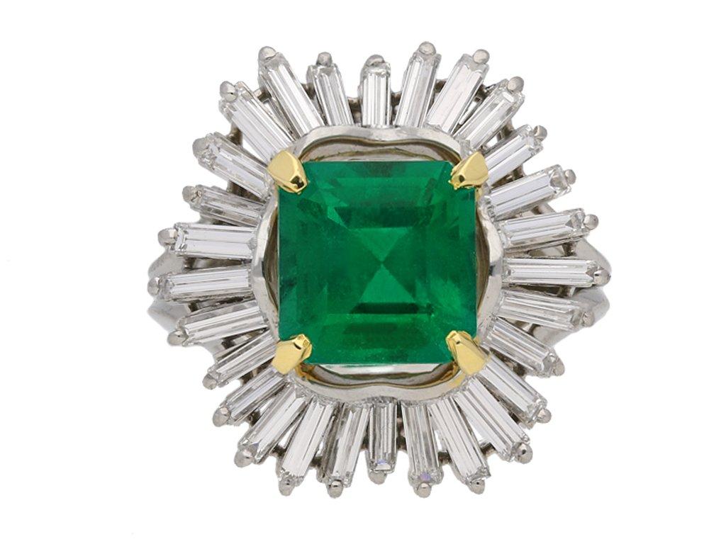 Boucheron Colombian emerald diamond ring berganza hatton garden