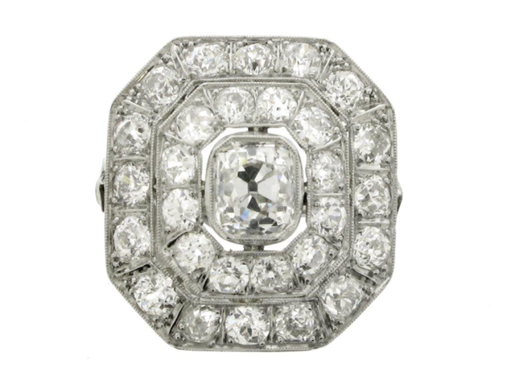 Art Deco diamond cluster ring, circa 1935.