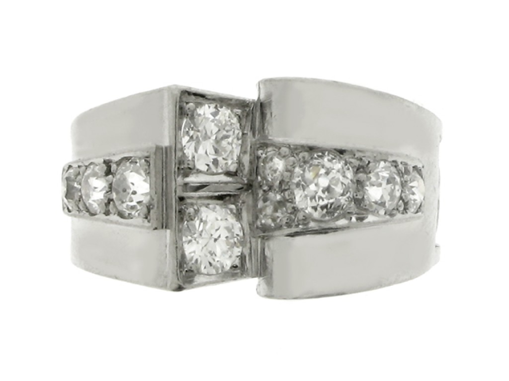font view Diamond cocktail ring, circa 1935.