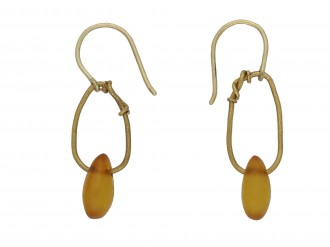 Ancient Roman amber earrings berganza hatton garden