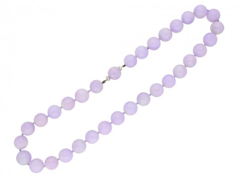 Natural Lavender jadeite jade bead necklace Berganza hatton garden