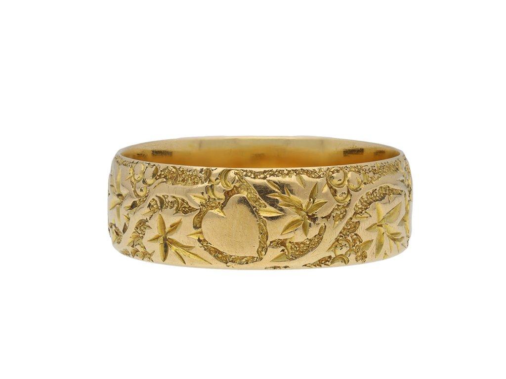 Carved wedding ring yellow gold hatton garden