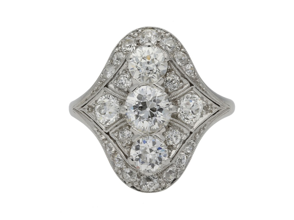 Oval diamond cluster ring berganza hatton garden
