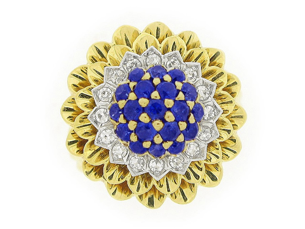 front view Tiffany & Co. sapphire and diamond cluster ring, circa 1960.