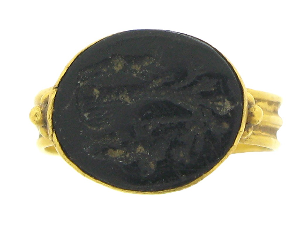 Ancient Roman intaglio ring, circa 2nd to 3rd century AD.