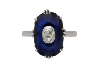 Art Deco sapphire ring diamond set centre hatton garden berganza