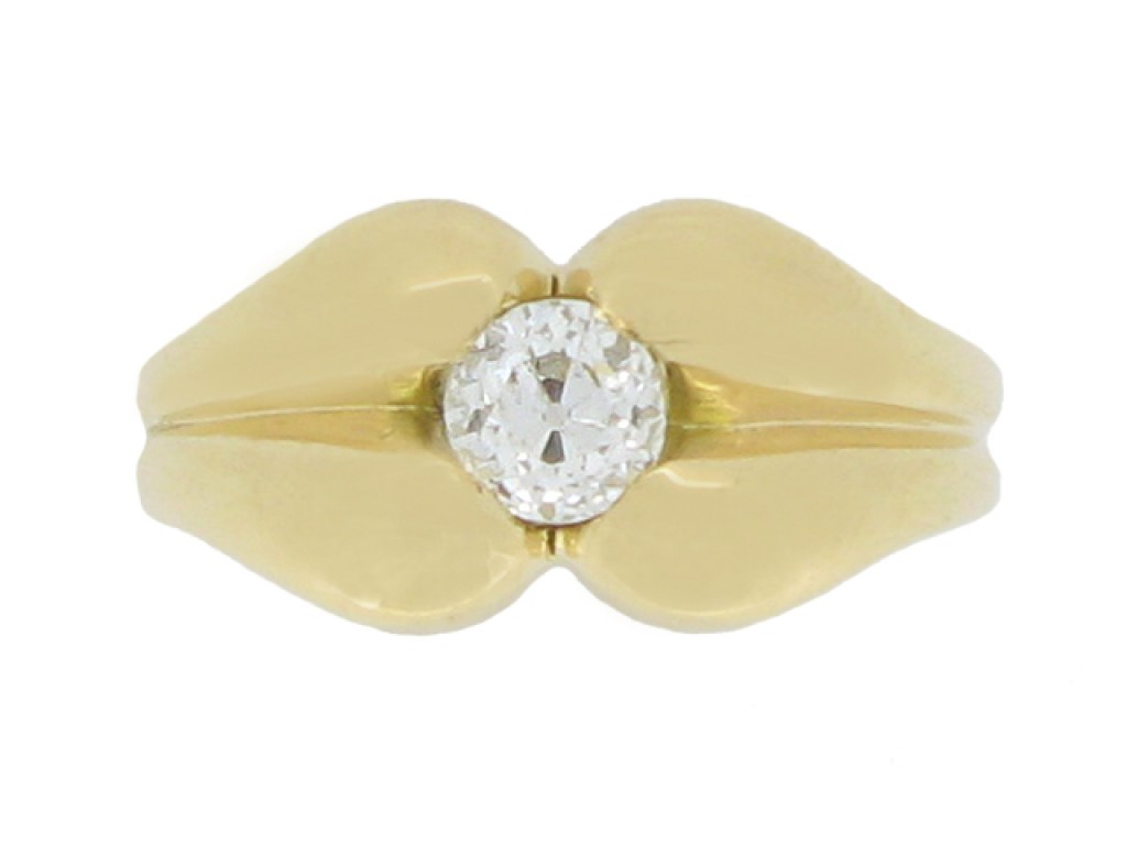 front view Solitaire diamond ring, circa 1940.