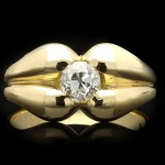 Diamond solitaire ring, circa 1940.
