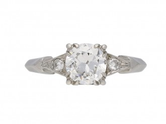 Flanked solitaire diamond ring, American berganza hatton garden