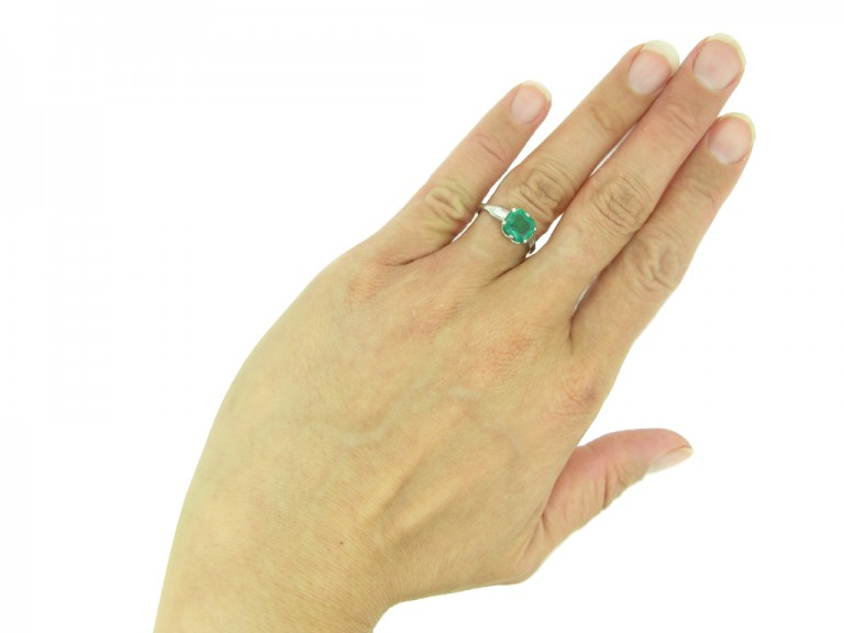 Art Deco emerald and diamond ring berganza hatton garden