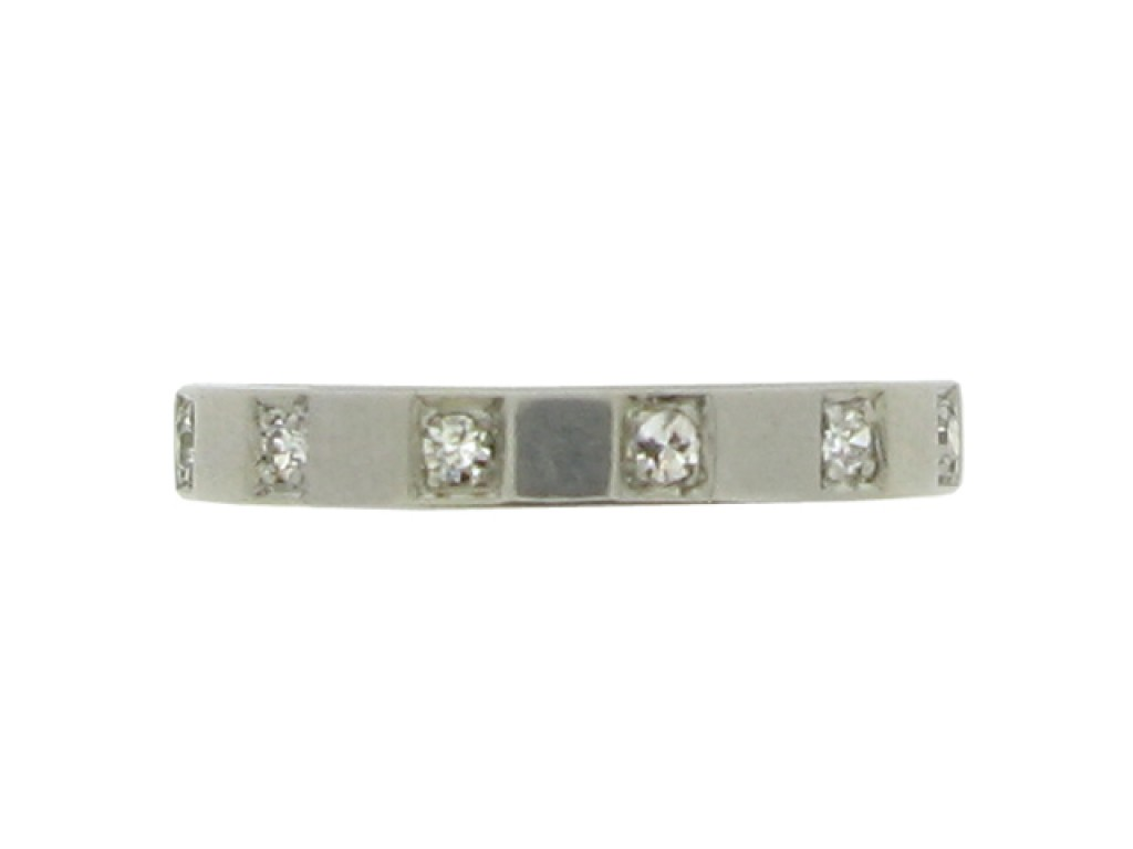 Diamond set band in palladium, circa 1940.
