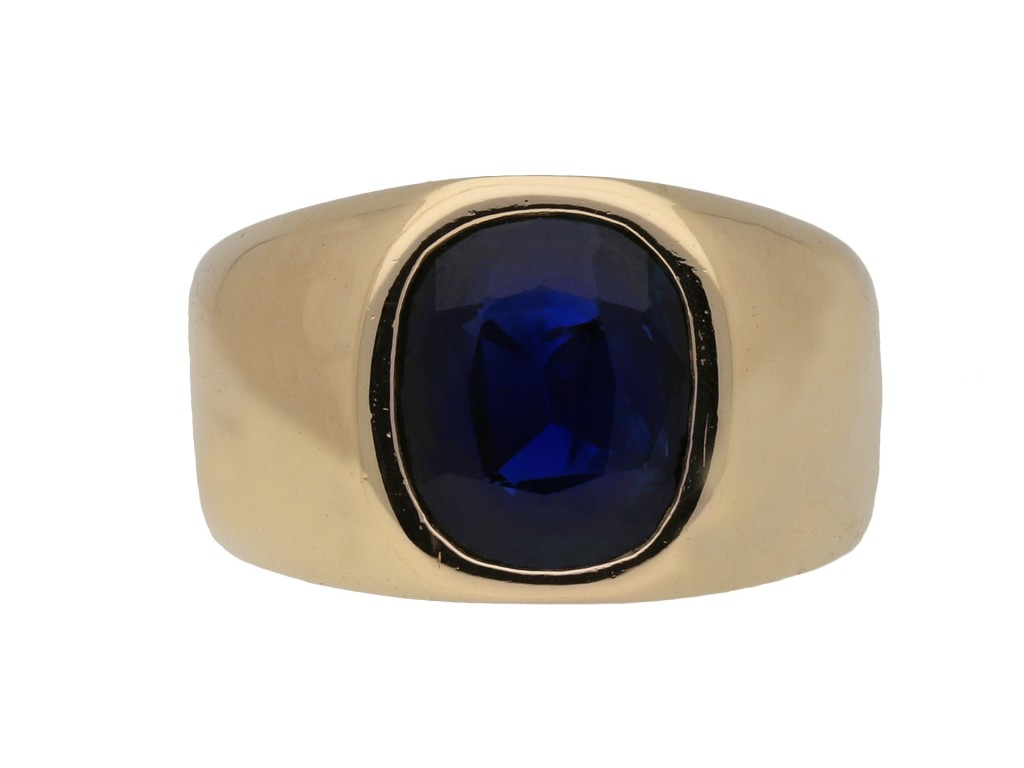 Sapphire solitaire dress ring berganza hatton garden