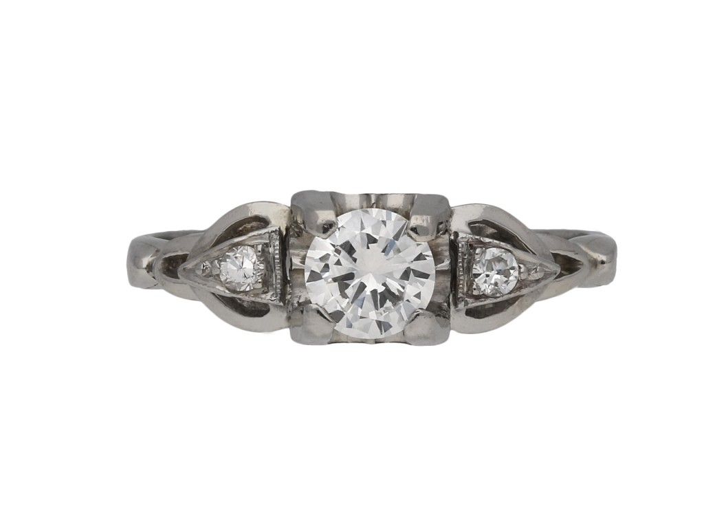 Flanked solitaire diamond ring berganza hatton garden