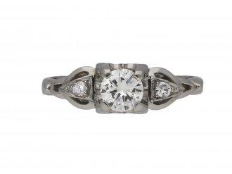 Flanked solitaire diamond ring berganza hatton garden