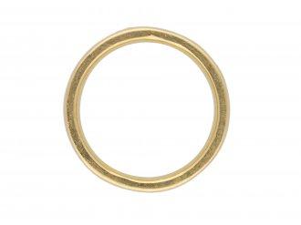 Diamond set band in 18 carat gold band berganza hatton garden