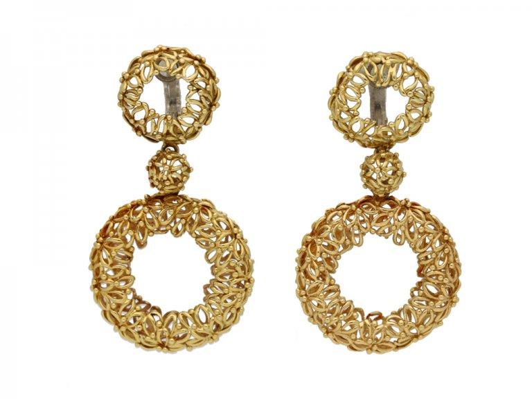 Vintage wreath design clip earrings Berganza hatton garden