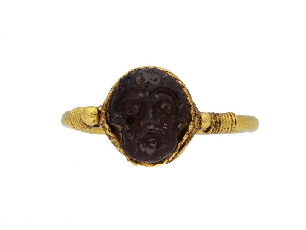 Roman gold cameo ring with face of Zeus berganza hatton garden