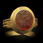 Roman gold finger ring with eagle intaglio, circa 3rd-4th century AD.
