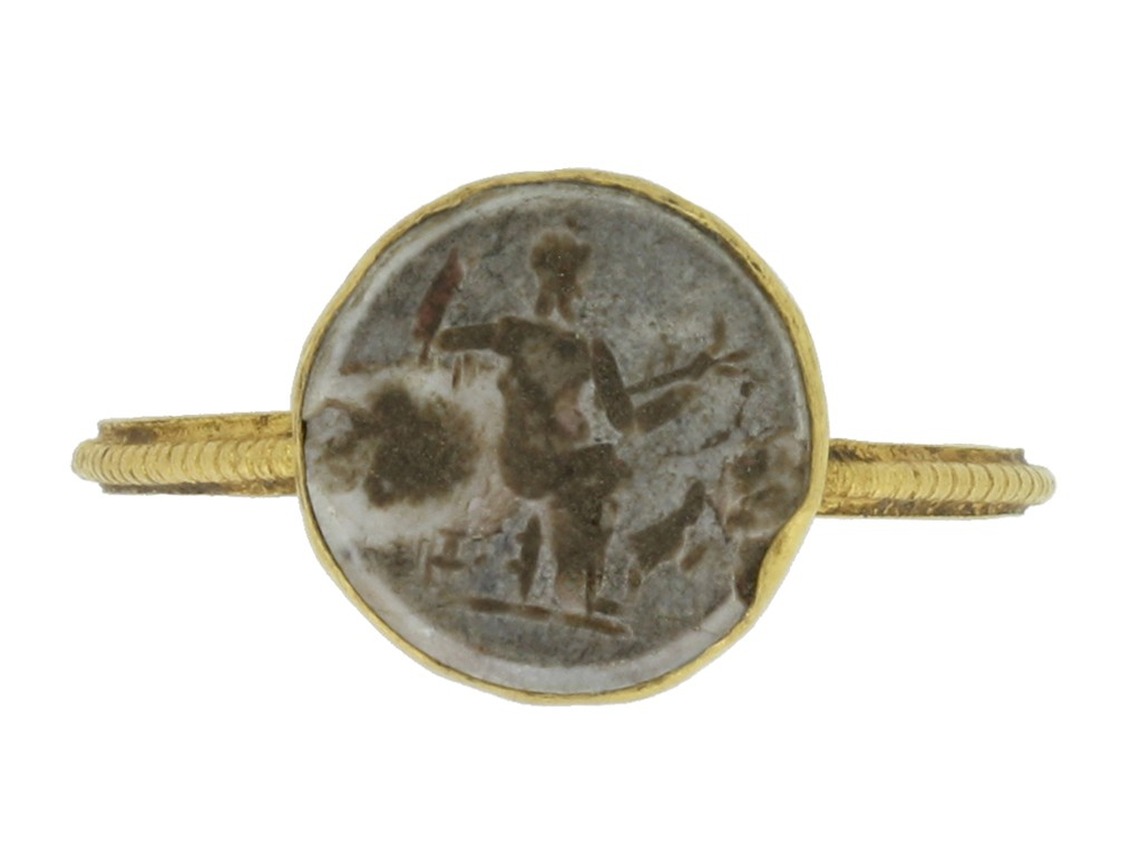 front view Ancient Roman intaglio ring engraved with Jupiter