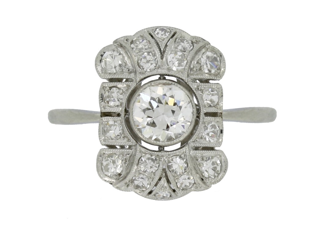front view Art Deco diamond cluster ring, circa 1925.