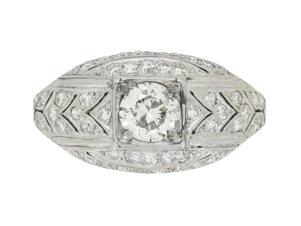 front view Art Deco diamond cluster ring, circa 1930.