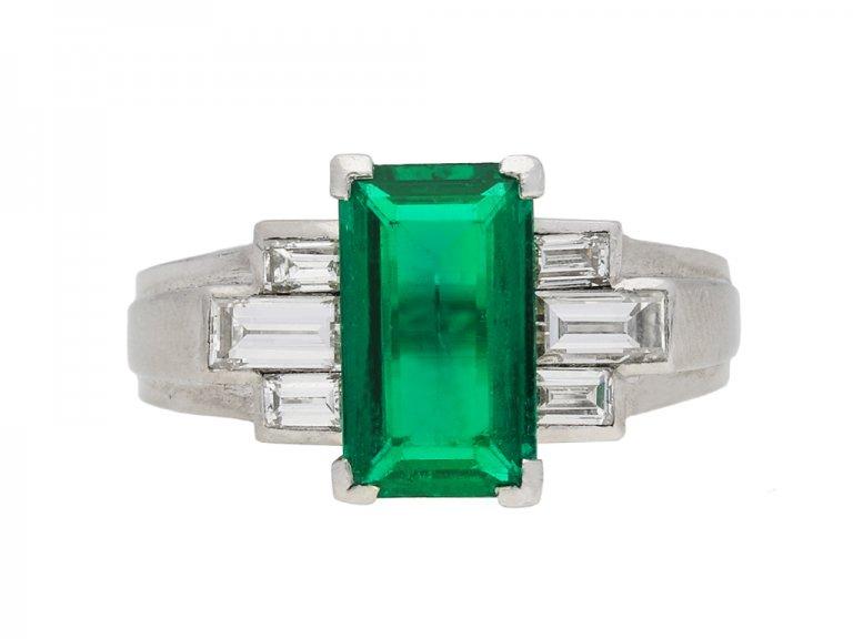 Gubelin Colombian emerald and diamond ring berganza hatton garden