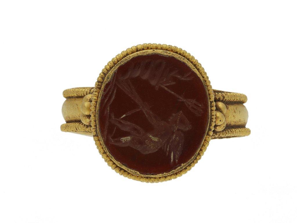 Ancient Roman gold ring with intaglio berganza hatton garden