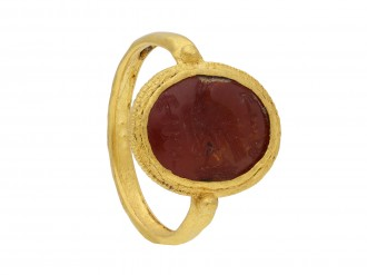 Ancient Roman gold ring with intaglio of imperial eagle