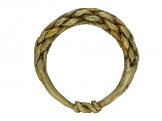 Viking gold plaited ring berganza hatton garden
