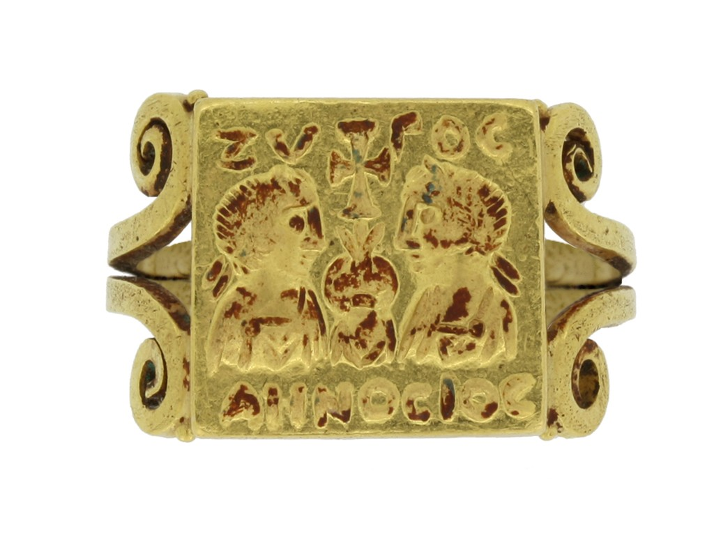 front view Early Byzantine gold marriage ring, circa 4th century AD. berganza hatton garden