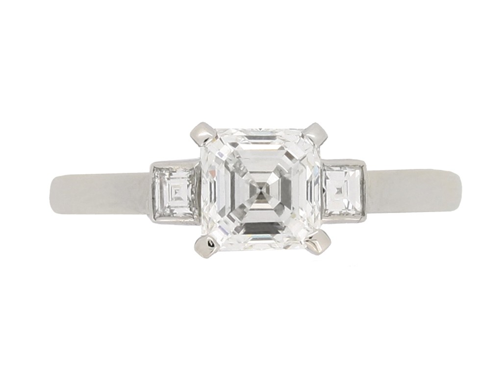 front view Art Deco diamond e