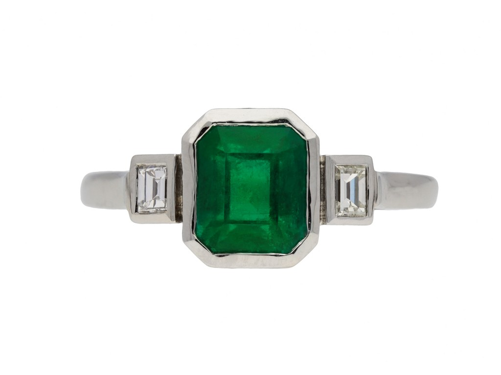 Art Deco Colombian emerald diamond ring berganza hatton garden