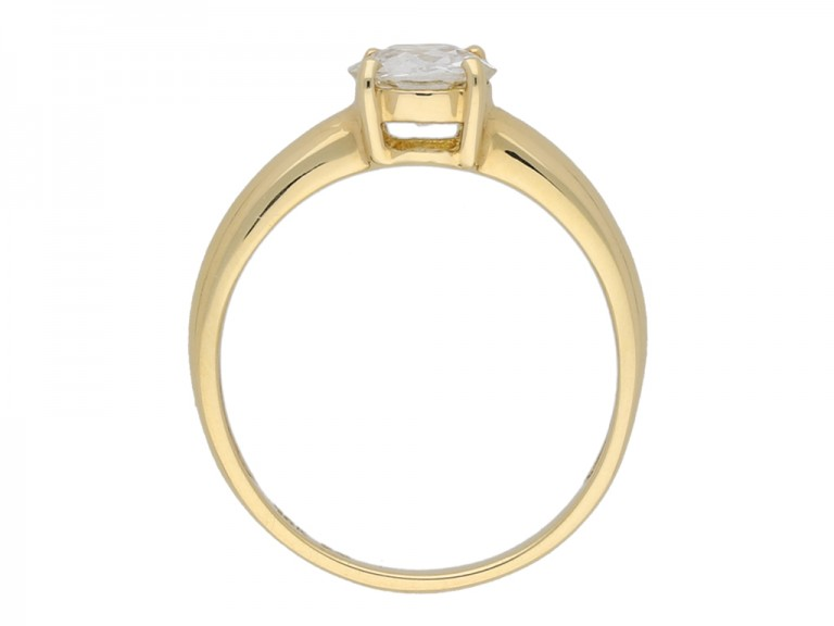 Solitaire diamond engagement ring berganza hatton garden