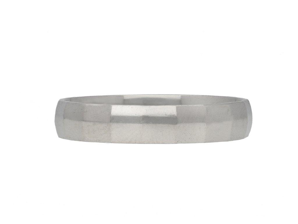 Platinum wedding ring berganza hatton garden