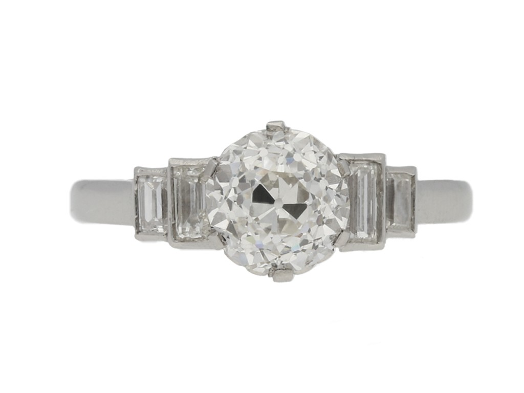 front view Art Deco diamond engagement ring, circa 1935.