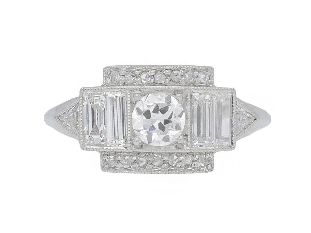 front view Art Deco diamond cluster ring, circa 1920.