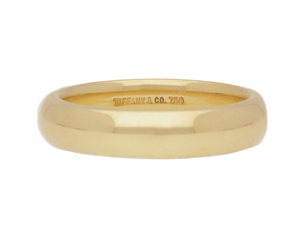 front view Tiffany & Co. wedding ring in 18ct gold, circa 1950s.
