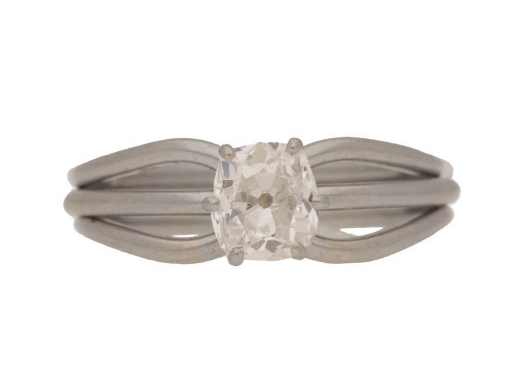 front view Vintage solitaire diamond engagement ring, French, circa 1970s.