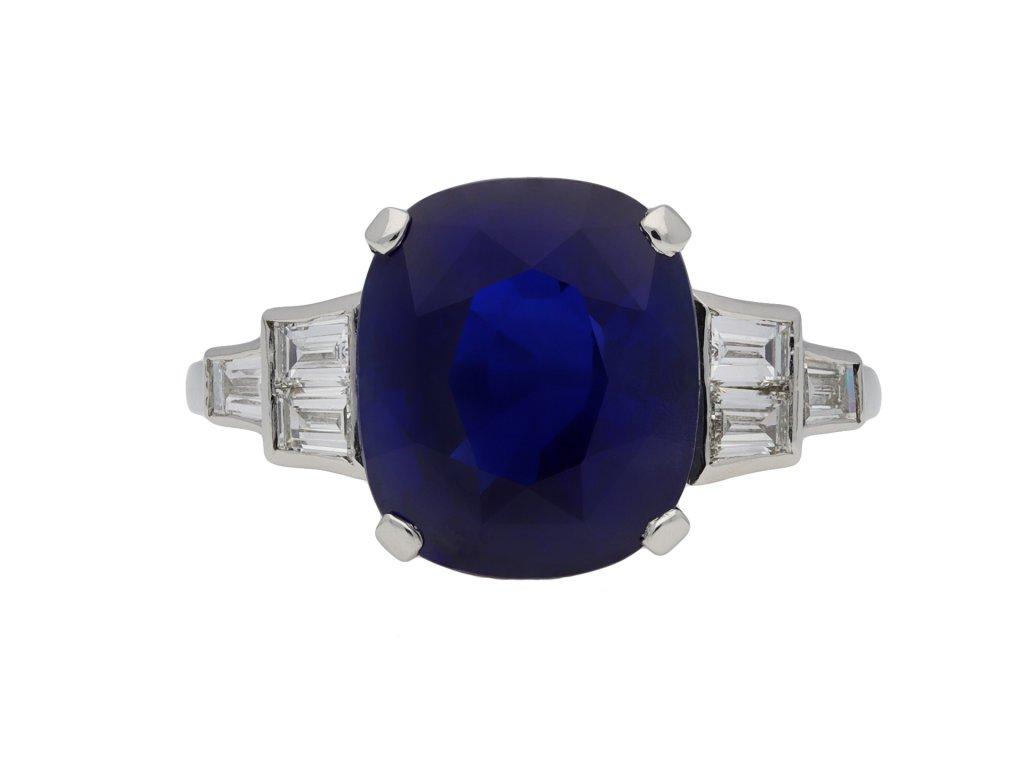 Royal Blue Ceylon sapphire diamond ring berganza hatton garden