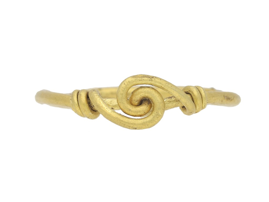 front view Saxon twisted gold ring berganza hatton garden