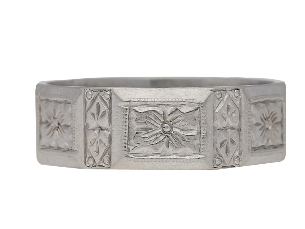 Platinum engraved wedding band, circa 1920. berganza hatton garden