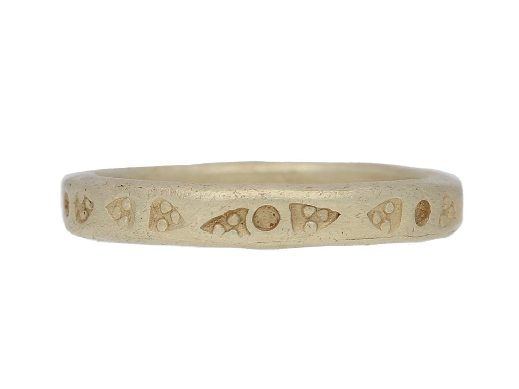 Viking gold band ring, circa 9th 11th century AD. berganza hatton garden