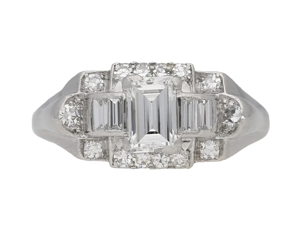 front view vintage Granat diamond ring berganza hatton garden