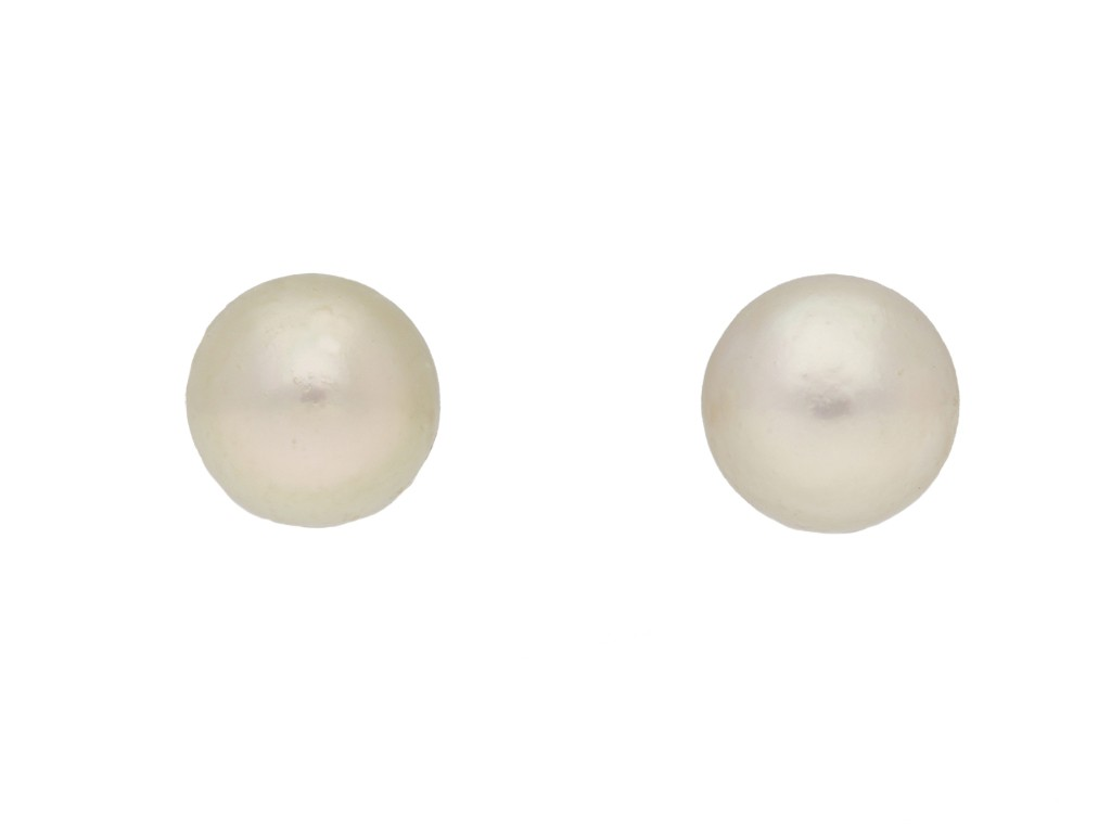front veiw vintage Natural pearl stud earrings berganza hatton garden