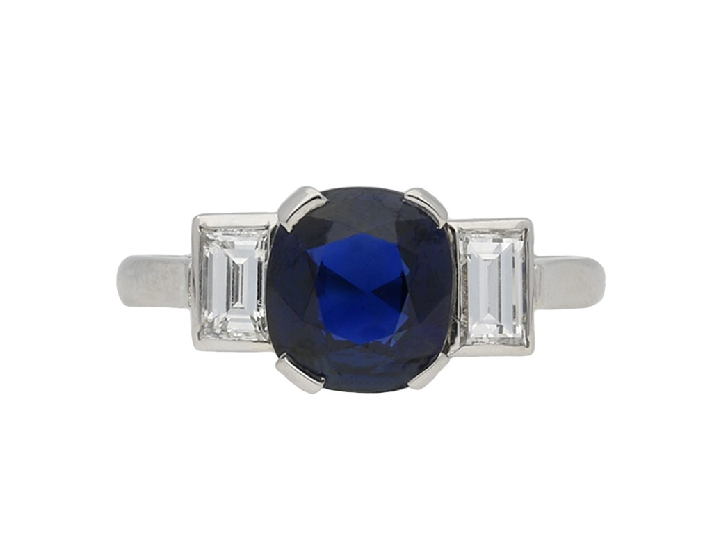 Royal Blue Burmese sapphire diamond ring berganza hatton garden